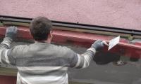 Stanovanjski blok - Sežana,obnova vhoda - vgradnja vogalnikov