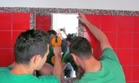 Vgradnja ogledala v keramiko