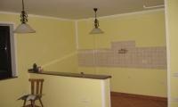 Adaptacija stanovanjske hiše,zidarska in keramičarska dela,elektro in strojne inštalacije,pleskanje...