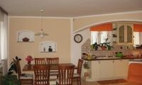 Pleskanje,stanovanjska hiša
